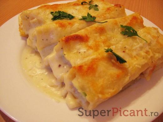 Cannelloni cu pui si sos Bechamel