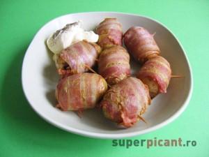 Cartofi impachetati in bacon